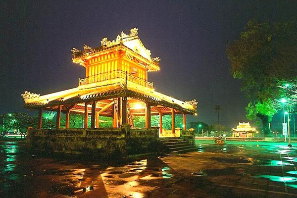 HA NOI - HA LONG - HUE - HOI AN - SAI GON - ME KONG DELTA (8 DAYS - 7 NIGHTS) (8days - 7 nights)